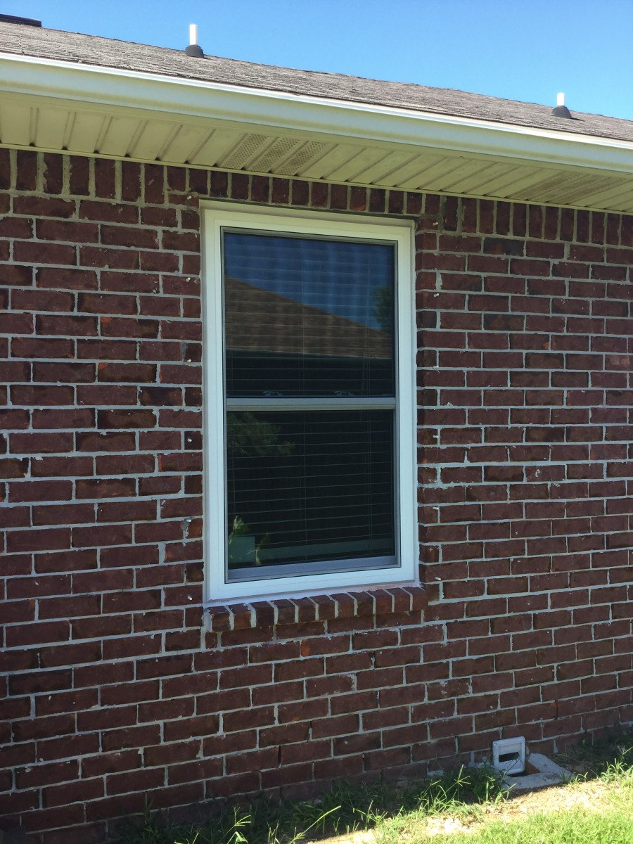 Gulf breeze vinyl replacement windows for Vinyl replacement windows