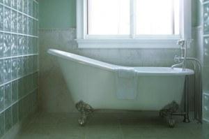 refinishing old bath tubs
